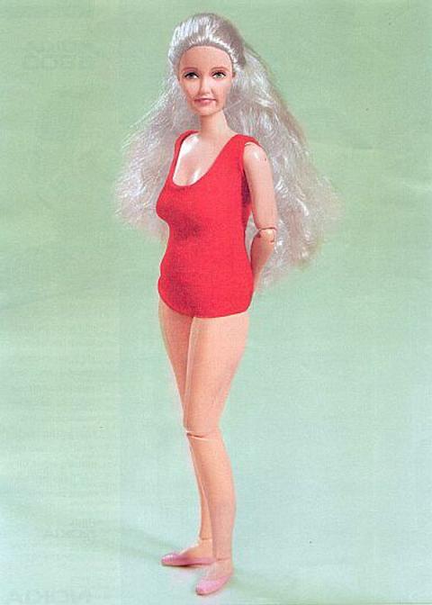 aged_barbie-002